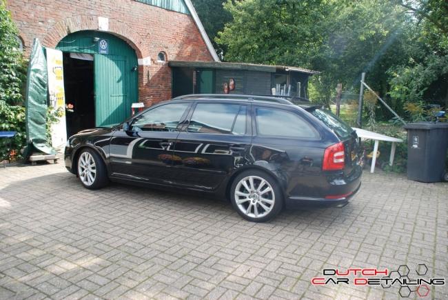 Skoda Octavia RS voor full detailjob